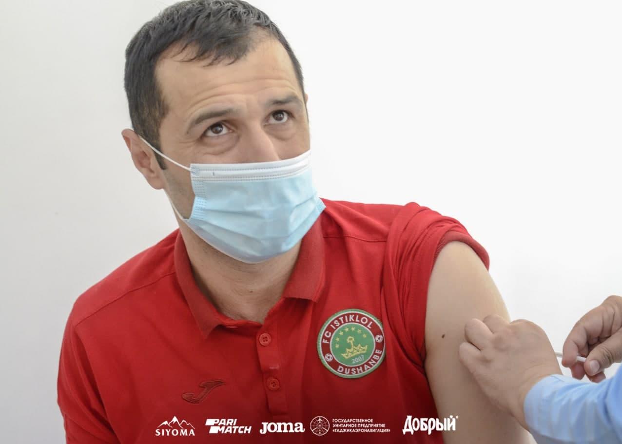 آغاز واکسیناسیون کرونا در تیم استقلال+تصاویر