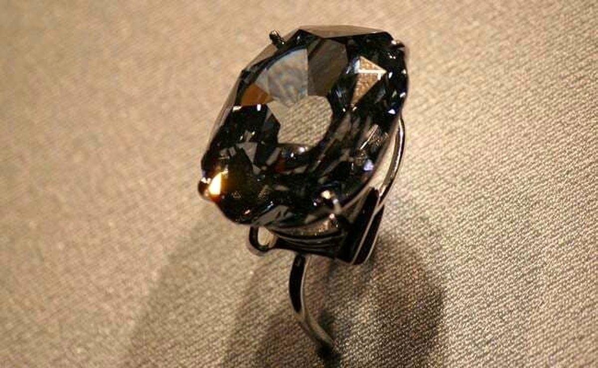ارزشمندترین حلقه الماس دنیا گرانتر از کل یارانه مردم ایران+عکس
