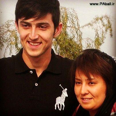 هدیه فوق لاکچری خواهر سردار آزمون به برادرش + فیلم