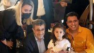 امضای یادگاری احمدینژاد داخل برگههای پاسپورت یک ایرانی در دبی