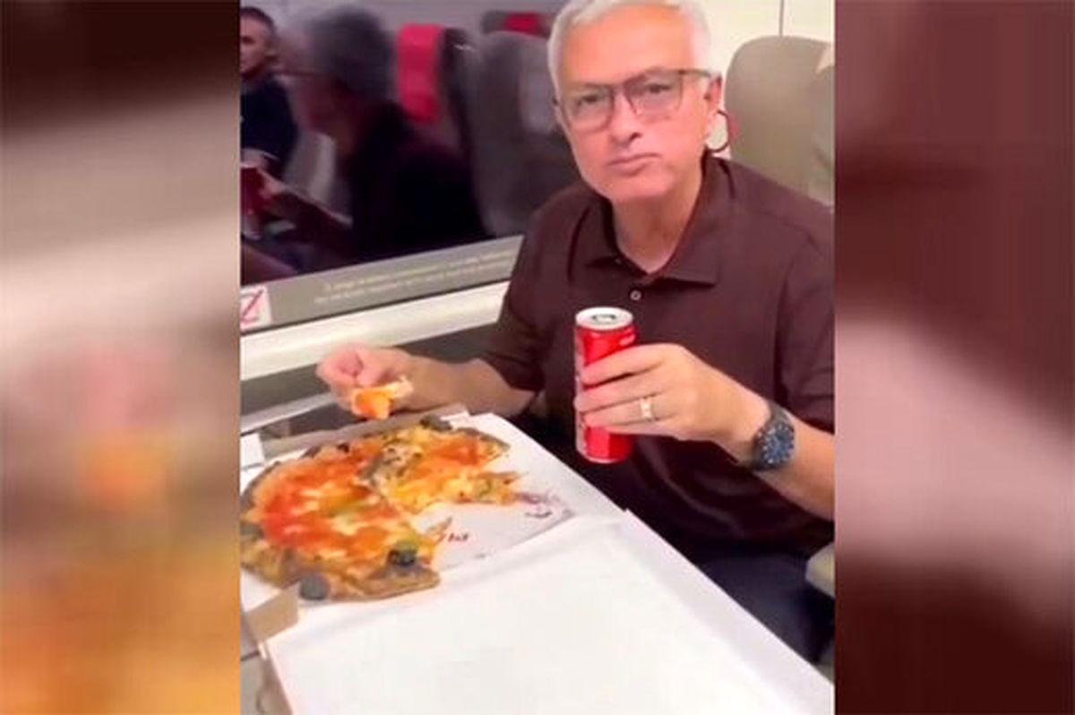 ژوزه مورینیو و جشن پیتزا خوری در قطار