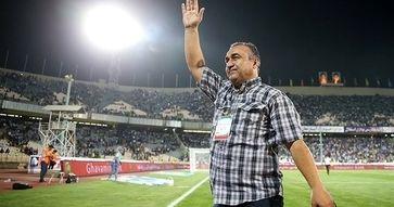 فیلم و تصاویر تشییع پیکر نادر دستنشان در ورزشگاه وطنی