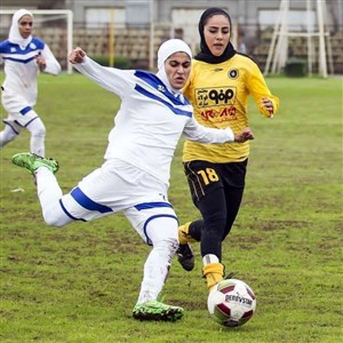 سقف قرارداد فوتبال زنان