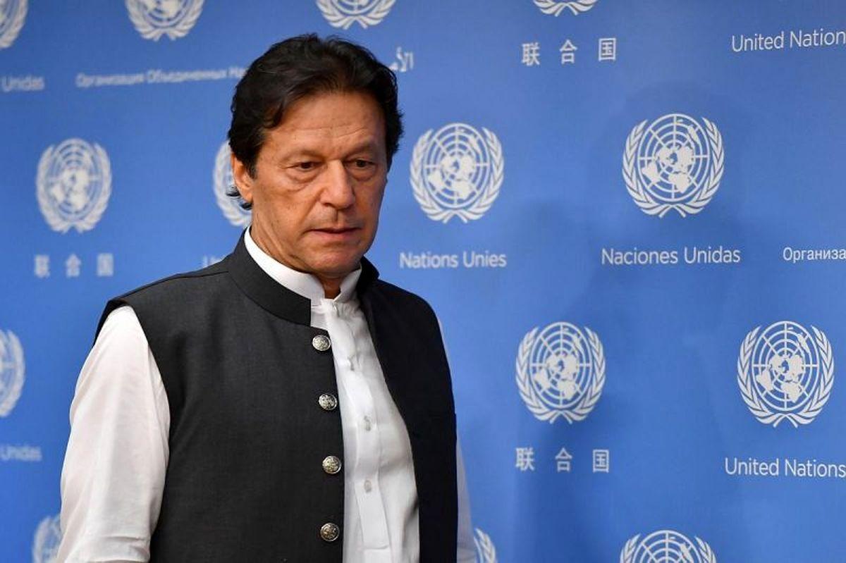 انتقاد عمران خان از مگوایر و سرمربی یونایتد!